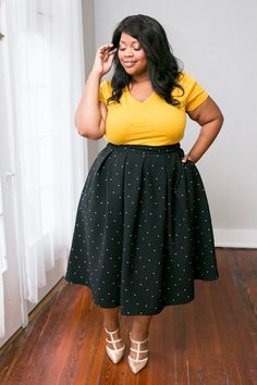 Because every lady needs a chic midi skirt! This skirt was designed by Co-Founder Jessica Kane just for plus gals to be the perfect length, extra fabric for generous draping and pockets. This skirt wa