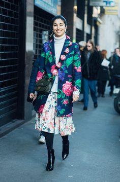 The Street Style Set Debut 2017's Biggest Trends Over in Milan via @WhoWhatWearUK