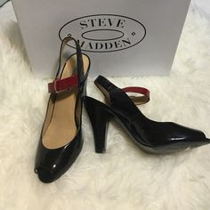 Steve Madden heel shoes Black and red color, Open toe, leather upper, size 8 1/2  but run a little small these more like size 8 worn a few times. Steve Madden Shoes Heels