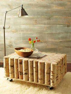 Une table basse en bois de récupération design et originale