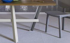 Perch dining table for Miniforms