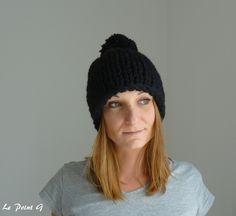 Bonnet à grosses mailles et son pompon noir : Chapeau, bonnet par lepointg