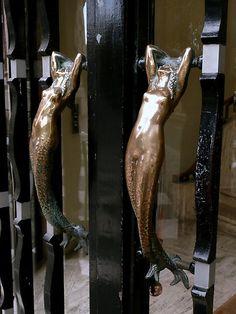 The Mermaids - Special door handles, Art Nouveau, Paris Cool Doors, Unique Doors, Art Nouveau, Muebles Art Deco, Door Knobs And Knockers, Modernisme, Door Detail, Door Accessories, Mermaid Art