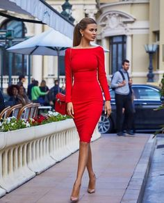 b113ab040e8a9 Drop a comment on what you this about this dress! Follow us  abendkleid. dresses 👗for more fashion inspiration  ootd  fabulous  fashionista…