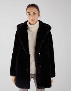 Manteau en fausse fo