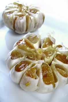 Roasted Garlic - #Thanksgiving app idea - spread on bread OR roast garlic then ad to mashed potatoes....YUM!!