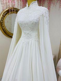 Muslimah Wedding Dress, Muslim Wedding Dresses, Muslim Brides, Dream Wedding Dresses, Floral Prom Dresses, Blue Evening Dresses, Bridal Dresses, Mode Abaya, Mode Hijab
