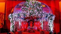 Flowers are an important part of any wedding in any culture or community. Here is a guide to have to the perfect flower decorations on your wedding day.