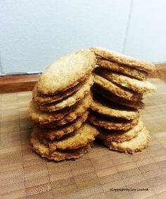 Sprøde & grove havrekiks Snacks, Baking, Breakfast, Inspiration, Food, Morning Coffee, Biblical Inspiration, Appetizers, Bakken