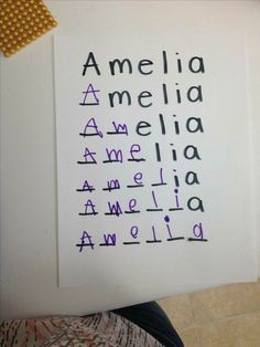 This could be good for sight word work - Learning Preschool Name Activities, Preschool Learning Activities, Preschool At Home, Fun Learning, Toddler Activities, Activities For 3 Year Olds, Learning Numbers Preschool, Preschool Assessment, Crafts For 3 Year Olds