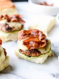 Beautiful sliders from @howsweeteats! I want one now.