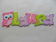 Holzbuchstaben-Schriftzug-Namenschild-Farbwunsch von Gepettos Kinderzimmer auf DaWanda.com Diy Letters, Wood Letters, Laser Cut Mdf, Creative Names, Country Paintings, Ideas Para Fiestas, Baby Art, Letter Art, Arts And Crafts