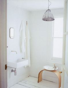 bare & simple bathroom   (photo by simon brown for country living country chic)