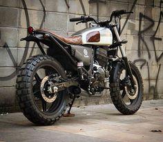 by @benditamacchina #tracker #honda #custom #bike #motorcycle #bratstyle #scrambler #caferacer #instamoto #stocksucks #builtnotbought #kustom #kulture