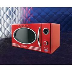 @Overstock - This retro microwave adds a nostalgic touch to your kitchen. With an elegant black or red finish, this microwave will complement your chic kitchen's decor.http://www.overstock.com/Home-Garden/Nostalgia-Electrics-Retro-Microwave-Oven/6038979/product.html?CID=214117 $147.00