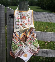 Apron Thanksgiving Fall from Vintage Handkerchiefs Hostess Gourmet Gift Farmhouse Style Upcycled Hankies