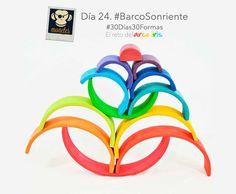Día 24. 'Barco Sonriente' del reto #30Días30Formas  Otra de estas figuras abstractas bautizadas por monete Br1 en el que a los mayores de por aquí nos cuesta ver el barco sonriente, pero, como en otras ocasiones, si él, que es el encargado de poner nombres a las formas decide que es un barco sonriente no hay más que discutir :). #Día24BarcoSonriente #ArcoIrisBarcoSonriente #30Días30Formas #RetoArcoIris #ArcoIrisWaldorf #ArcoIrisGrimms #RainbowChallenge #GrimmsRainbow #ArcoIrisMonetes