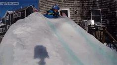 Mi propia pista de nieve yuju!!! { GIF }