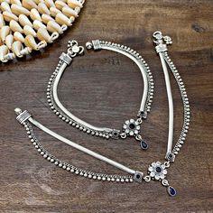 Anklet Jewelry, Bead Jewellery, Silver Jewelry, Silver Payal, Silver Anklets, Anklet Designs, Bangles, Bracelets, Jewelry Design