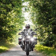 Fin de semana de aventura, a tomar nuestras motos y salir a conocer mas de este maravilloso mundo que nos rodea  Repost @diariodeummotociclista  Referentes del Dual Sport en Panamá!  #DualSportPty #DualSportPma #DualSportPanama #DualSport #BigTrail #Enduro #Motocross #DirtBike #SuperMotard #Panama #PanamaCity #Pty #Yamaha #Honda #Suzuki #Kawasaki #KTM #BMWMotorrad #Ducati #Triumph #Aprilia #Husqvarna #Instagram #InstaFoto #InstaPics #VisitaPanama #VisitPanama