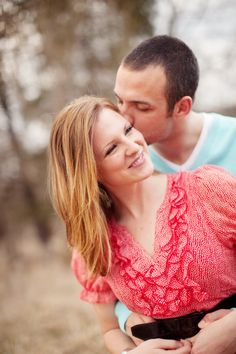 engagement photos #kiss #love