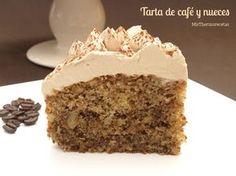 ¡Vaya mezcla más buena: café y nueces!. Este fin de semana está siendo muy lluvioso y ayer aproveché para encender el horno y hacer alguna receta dulce rica, rica. Una de ellas fue esta tarta. No es la primera vez … Continuar leyendo →