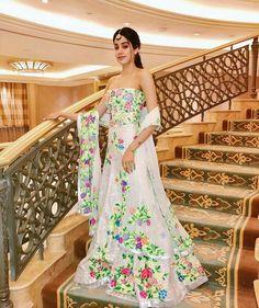 Sridevi shops at Manish Malhotra's store Manish Malhotra Bridal, Bridal Lehenga, Indian Bollywood Actress, Bollywood Fashion, Bollywood Style, Indian Dresses, Indian Outfits, Indian Clothes, Shadi Dresses