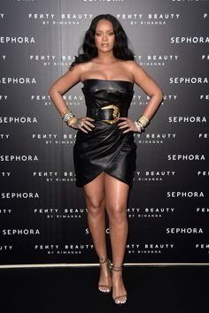 The Academy Award-winning actress, Penélope Cruz, channeled a fashion icon, Donatella Versace, in her home city.