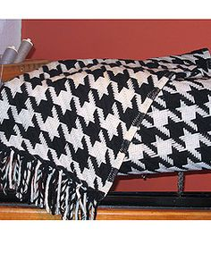 Faribault Classic Houndstooth Decorative Wool Throw | Overstock.com Shopping - The Best Deals on Throws