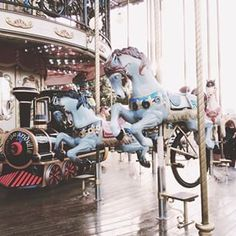 Merry Go Round  | Carrossel  #melinparis Melina Souza - Serendipity <3  #Travel #Paris #Melina Souza