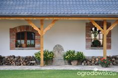 Medieval Houses, Garden Stepping Stones, Bedroom House Plans, Tiny Spaces, My Dream Home, Diy Home Decor, Pergola, Sweet Home, Farmhouse