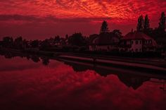 After #thunderstorm  #sky #skypornpics #cloudporn #colors  #perspectives #whenthesunisgoingdown #sunsets #fujixt2 #fuji16mm #hannover #igers_hannover #hannoverliebt #urbanexploration #landscapephotography #reflections #mittellandkanalhannover