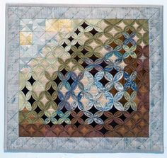 Cathedral Window on the Small Side by Lynne Edwards Cathedral Window Patchwork, Cathedral Window Quilts, Cathedral Windows, Wedding Ring Quilt, Art Quilting, Quilt Festival, Warm Fuzzies, Quilt Making, Quilt Blocks