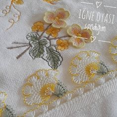 Needle lace, which is one of the most preferred traditional embroidery, continues to be transferred Crochet Lace Edging, Knit Crochet, Quilt Pattern, Silhouette Design, Decorative Towels, Cheese Cloth, Needle Lace, Thread Work, Lace Making