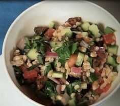 Mediterranean Farro Salad #MeatlessMonday