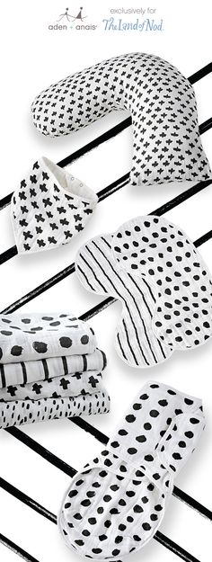 Black + white and cute all over – we're keeping your little one comfy + cozy, one classic cotton muslin product at a time. From swaddles to burpy bibs to  nursing pillows, we're loving these perfect-for-any-nursery monochrome prints by @ashleygoldberg for our exclusive collaboration with @landofnod.