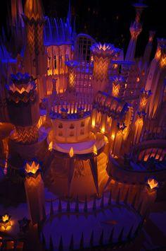 Incredible paper castle. Via http://www.jeanniejeannie.com/2012/02/06/incredible-intricate-glowing-paper-castle/