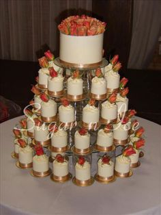 Sugar 'n Ice :: Wedding Cakes and Special Occasion Cakes | Cupcakes and Individual Cakes for weddings and birthdays