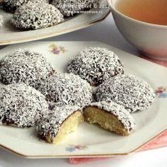 ryzove-tofu-kosicky Krispie Treats, Rice Krispies, Tofu, Food And Drink, Pudding, Cheese, Vegan, Desserts, Recipes