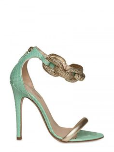 Killer mint green Giambattista Valli heels with gold accents. Love these!