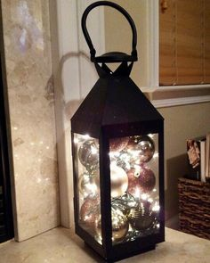 16 Magnificent Christmas Lanterns That Will Ornament Your Home
