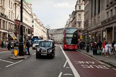 Photoshop给街道图片加上雨水湿润的路面_图片处理_ps联盟