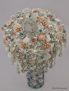 Cascata Brooch Bouquet in pink, peach, white and turquoise! #Brooch #Bouquet #JeweledBouquet