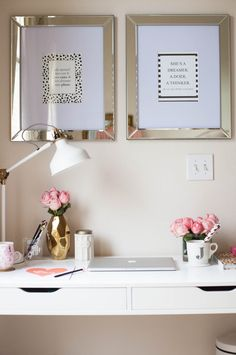 love this desk space!