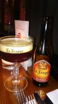 #latrappe #trappistenbier #trappist #SFB #swinkelsfamilybrewers #bockbier #bokbier #bruinbier #bier #beer #bavaria Bavaria, Drinks, Runway, Beer, Drinking, Beverages, Drink, Beverage