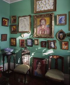 An interior of one of Hunt Slonem's homes