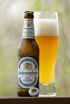 Weihenstephaner Hefeweissbier, Still like German beer the best. Beer Tasting, Beer Bar, Beer Brewing, Home Brewing, Pale Ale Beers, Beers Of The World, More Beer, Best Beer, Wine Pairings
