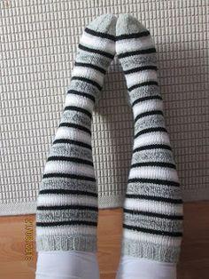 Wool Socks, Knitting Socks, Knitting Ideas, Leg Warmers, Mittens, Knit Crochet, Footwear, Sewing, Pattern