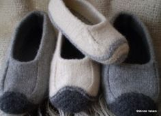 These are amazing slippers. I made them with Patton's bulky roving. They felted beautifully and are toasty warm!