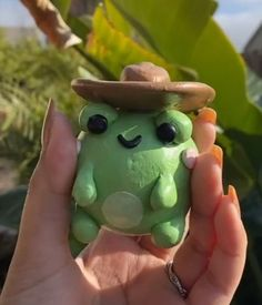 Polymer Clay Crafts, Diy Clay, Polymer Clay Ring, Frog Cakes, Clay Art Projects, Frog Art, Cute Frogs, Cute Clay, Cute Crafts